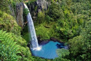 Bridal Veil Falls New Zealand Itinerary