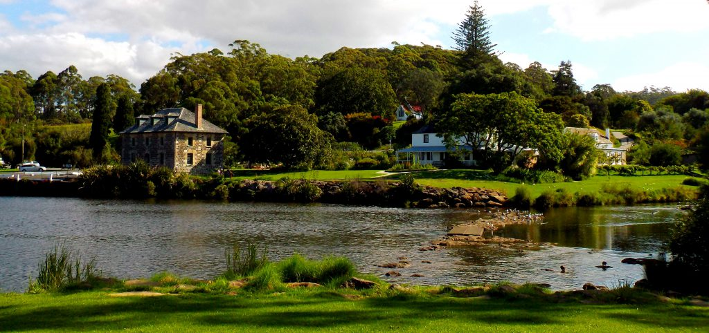The Kerikeri Basin Kemp House Stone Store